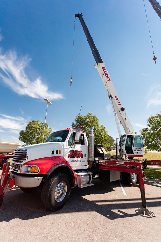 Denver boom crane truck lifting